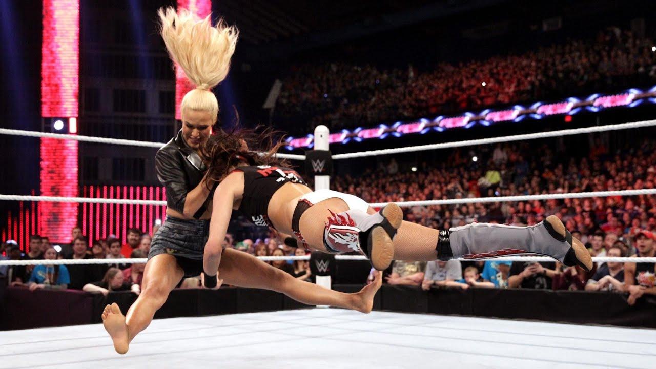 Feet Lana (WWE)