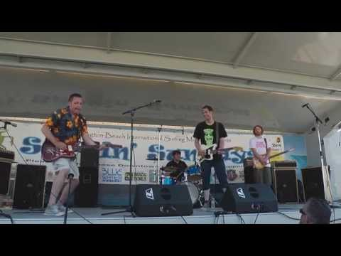 "Kilaueas HB Pier ""Tremolo Gear Butt"" Aug 2014"