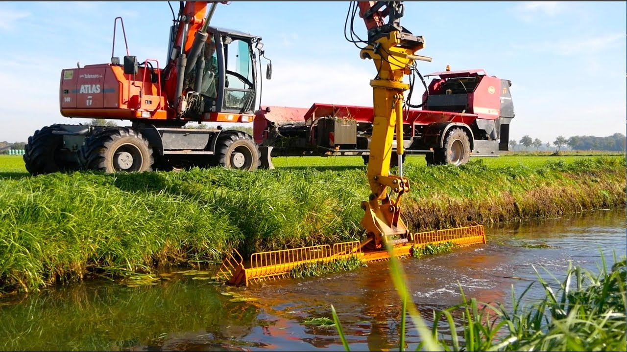 Ditch Cleaning & Collecting Vegetation | Atlas mobile crane + Vicon Slootvuilpers | Gebr. Tolena