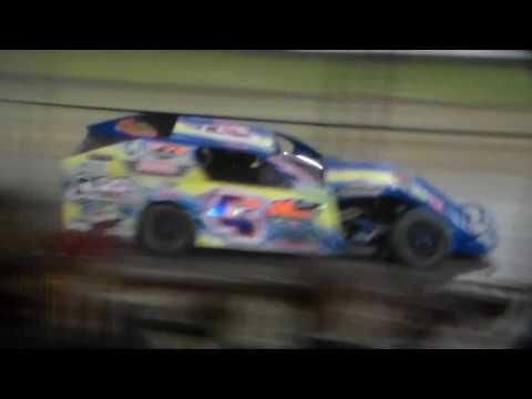 Modified Amain @ Marshalltown Speedway 05/05/17