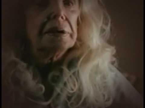 Trailer do filme A Morte Veste Vermelho