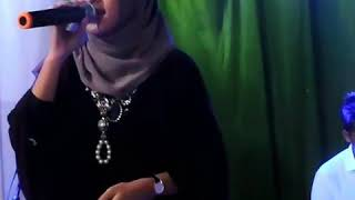 Download Dangdut Merdu Nissa Sabyan ( oleh-oleh ) Mp3