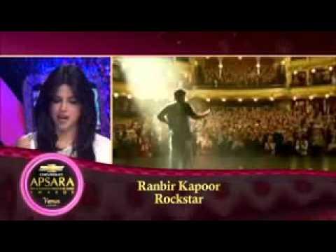 Ranbir kapoor receiving Best Actor award for Rockstar