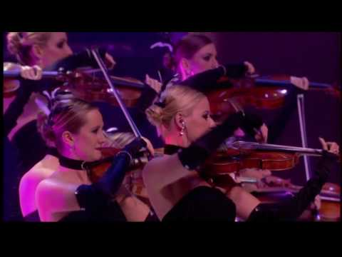 """Enya - """"It's in the rain"""" live at World Music Awards 2006"""