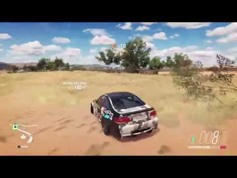 Three Staring or trying to three start PR stunts in FH3