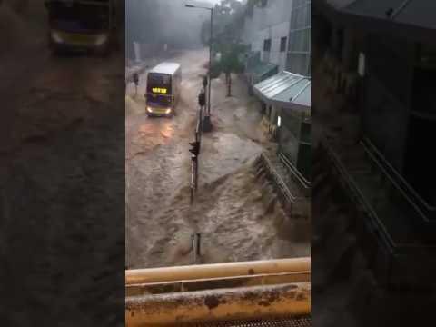 Heavy rainfall & severe floods impact Hong Kong today as typhoon Haima approaches
