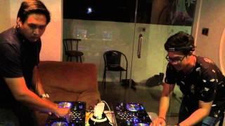 DJ Dee_Q Only vs. DJ Diandra Ramadhan (Pioneer XDJ-R1)