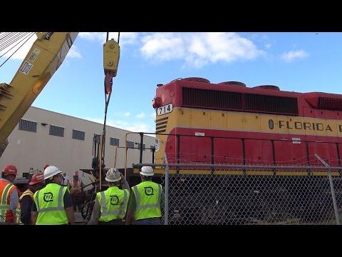 Derailment and Rerailing of FEC Ringling Brothers Circus Train - Part II 01.16.2017