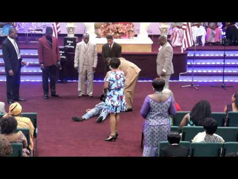 David Rises up at Divine Word International Ministries - DIVINE PRAYERLINE (Power House)