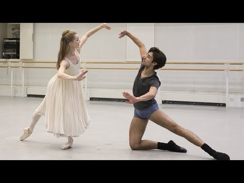 The Royal Ballet rehearse The Nutcracker 🎄