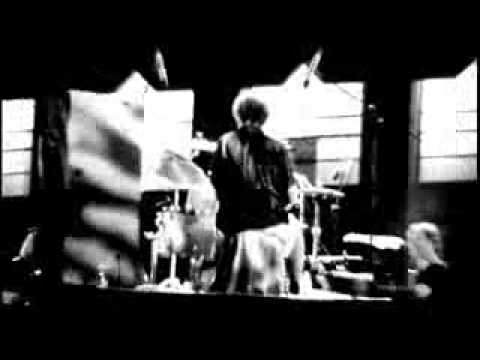 The Saw Doctors - She's Got It (Official Video)