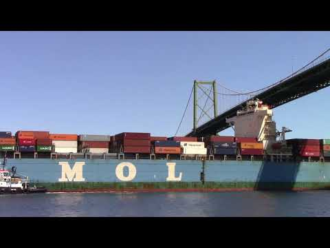 Container Ship MOL PARTNER Inbound into Halifax, NS (May 18, 2018)