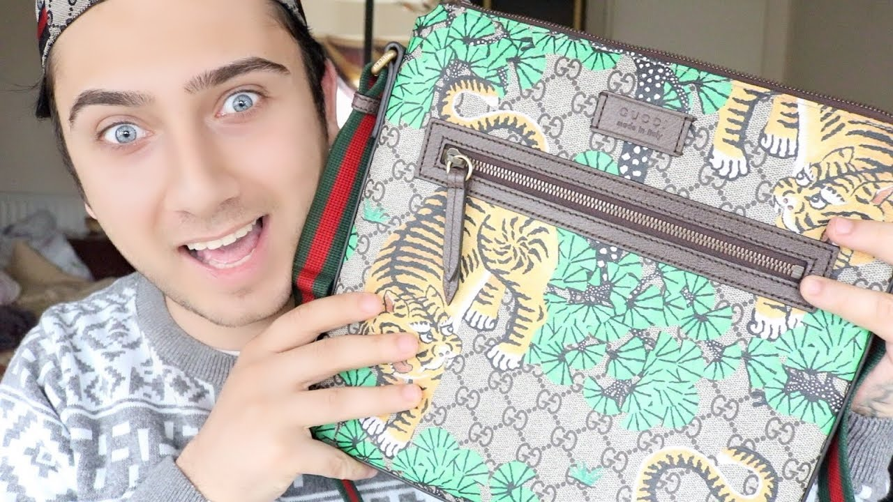 92c079183483c7 GUCCI Bengal GG Supreme print messenger Bag UNBOXING,REVIEW - YouTube
