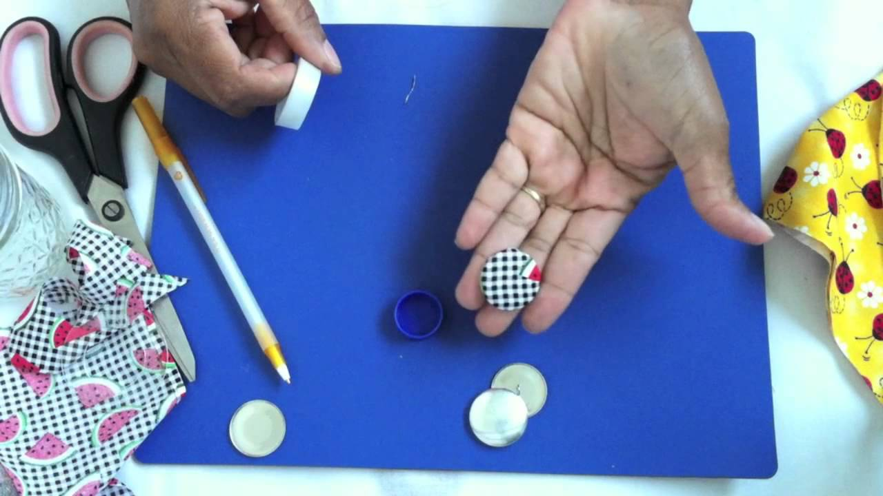 how to make fabric buttons youtube. Black Bedroom Furniture Sets. Home Design Ideas