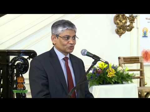 'Relevance of Yoga in Modern Life'   Talk by Sadhguru Jaggi Vasudev
