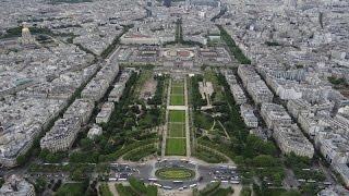 По улицам Парижа(, 2015-11-15T04:22:32.000Z)