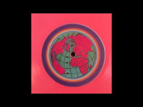California Dreams  Volume 3 1993 A1 DJ GIZMO Untitled 26:14 (GLOBE FACE)