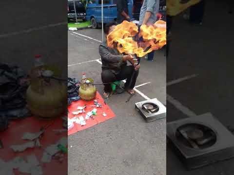 #virall Detik-Detik Tragedi Kompor Gas Meledug Dan Membakar Pedagang.