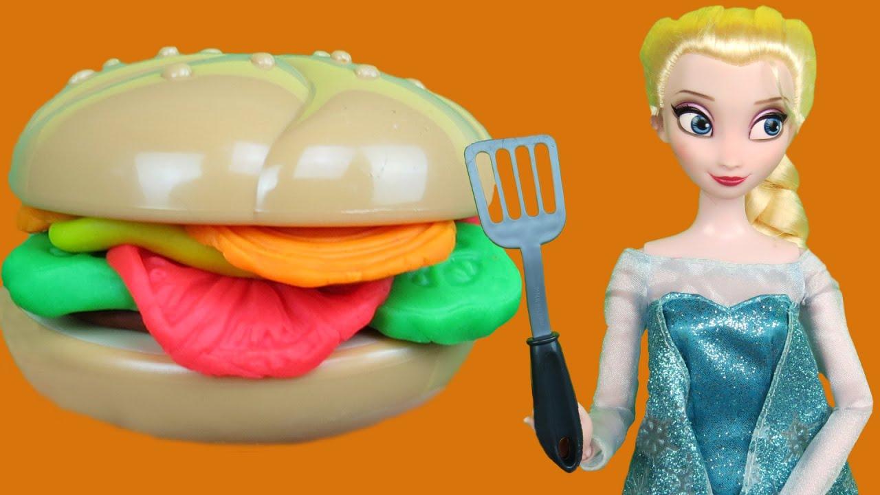 Download ELSA's Barbecue ! Elsa and Anna toddlers at BBQ !  Picnic