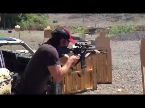 Keanu Reeves shows off his shooting skills