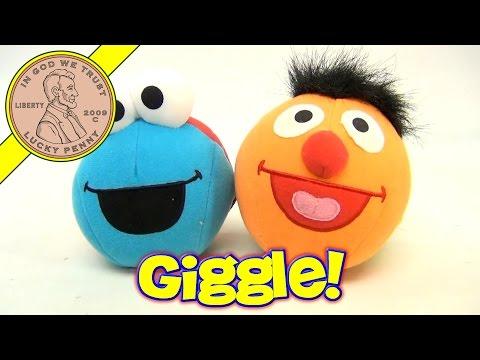 Sesame Street Bert & Ernie, Elmo & Cookie Monster Giggle Balls!
