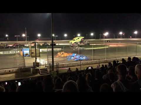 Monster Truck Throwdown - Bridgeport Speedway - 9/15/2018