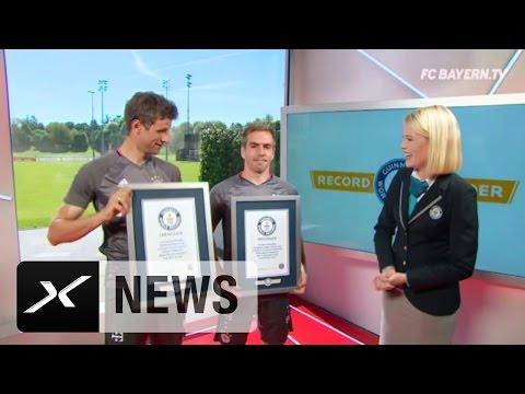 Bayerns Weltrekord: Philipp Lahm und Thomas Müller freut's | FC Bayern München