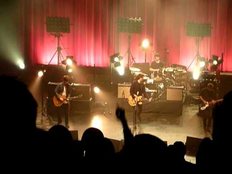 The Courteeners - Acrylic - Manchester Apollo - 8-12-11