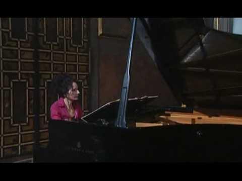Bach - WTC I (Joanna MacGregor) - Prelude & Fugue No. 20 in A Minor BWV 865