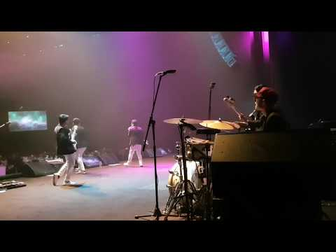 That's what i like - Bruno Mars (Live at XXI Jakarta Theater Ballroom)