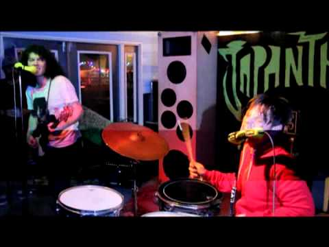Japanther - Stolen Flowers (Live at Nobby's)