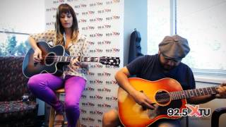 Kacey Musgraves - Merry Go 'Round (Acoustic)