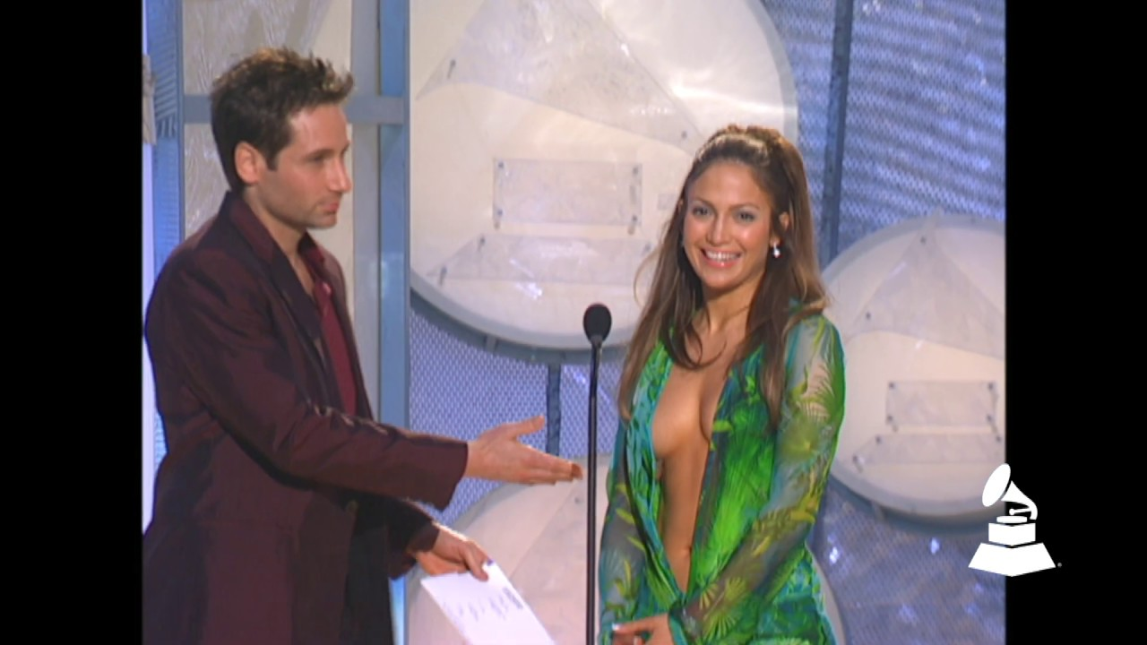 Jennifer Lopez And David Duchovny Present Best R&B Album At The 42nd GRAMMY Awards