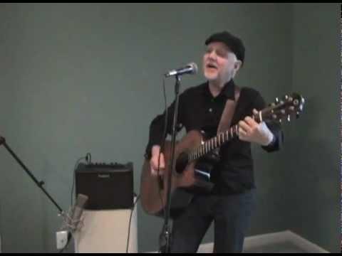 Roland AC-33 Phil Keaggy Demo