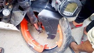 KTM Duke RC Accident 😱WTF  bike damage