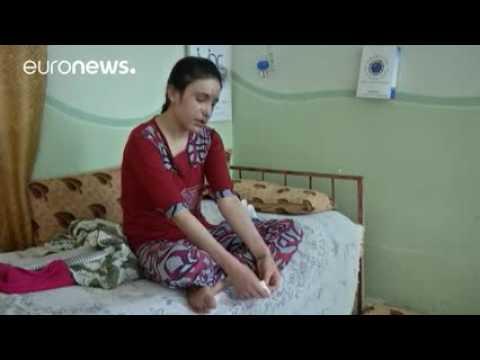 Una joven yazidí cuenta su huida del...