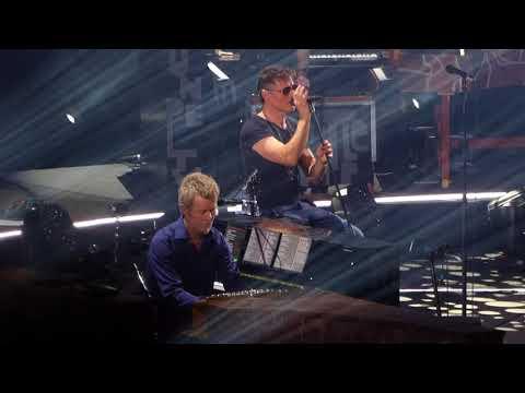 A-ha -  Manhattan Skyline  - The O2 Arena, London England   MTV Unplugged 14 February 2018