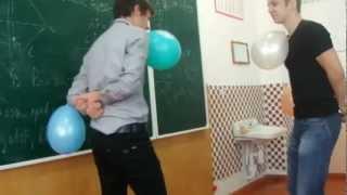 видео Сценарий на 8 марта в школе с конкурсами