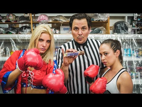 Thumbnail: Hunger Showdown | Lele Pons