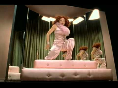 Madonna   Hollywood ''Aviddiva Remix''