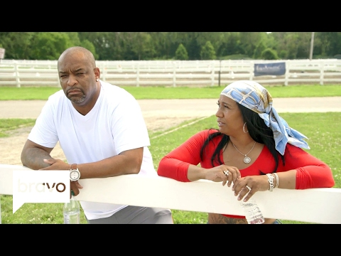 First Family of Hip Hop: Leland Sr. Thinks Darnell Is Acting Selfish (Season 1, Episode 2) | Bravo