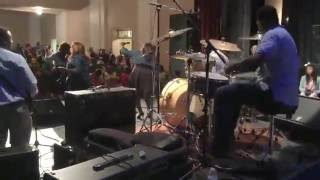 Lisa Knowles & The Brown Singers-what He's Done For Me.. Band View!!!!!