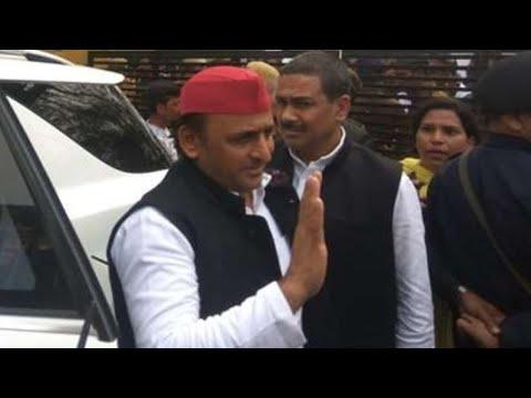Sitapur: Azam Khan से मिलने जेल पहुंचे Akhilesh Yadav