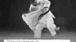 Il Maestro Masahiko Kimura esegue O Soto Gari