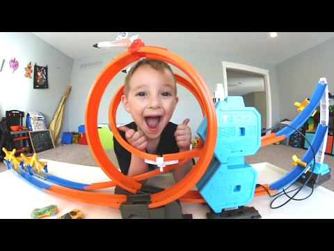 Father & Son GET RAD ROCKET BLASTING HOT WHEELS TRACK!