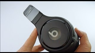 First Look: Infinite BLACK Matte Beats Pro(, 2013-11-19T07:05:43.000Z)