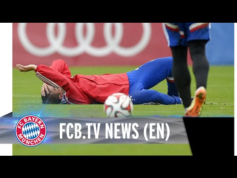 Philipp Lahm fractures ankle in team training!