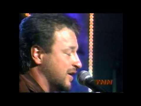 "Mark Chesnutt - I Don't Want To Miss A Thing ""Live"""