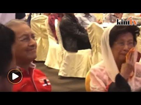 'I will not be around long' - Mahathir's video brings Siti Hasmah to tears