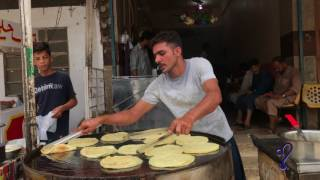 Quick Breakfast Paratha Making | Street Food Of Karachi, Pakistan.